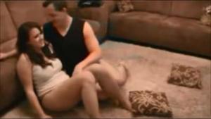 Erotic brunette milk dropsae nack on the floor