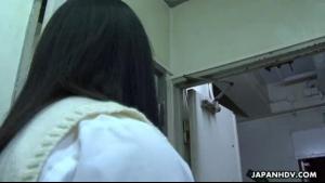 Sexy Asian schoolgirl sucking on dong